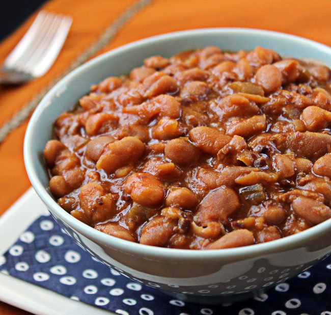 Slow Cooker Baked Beans @ Culinary Hill
