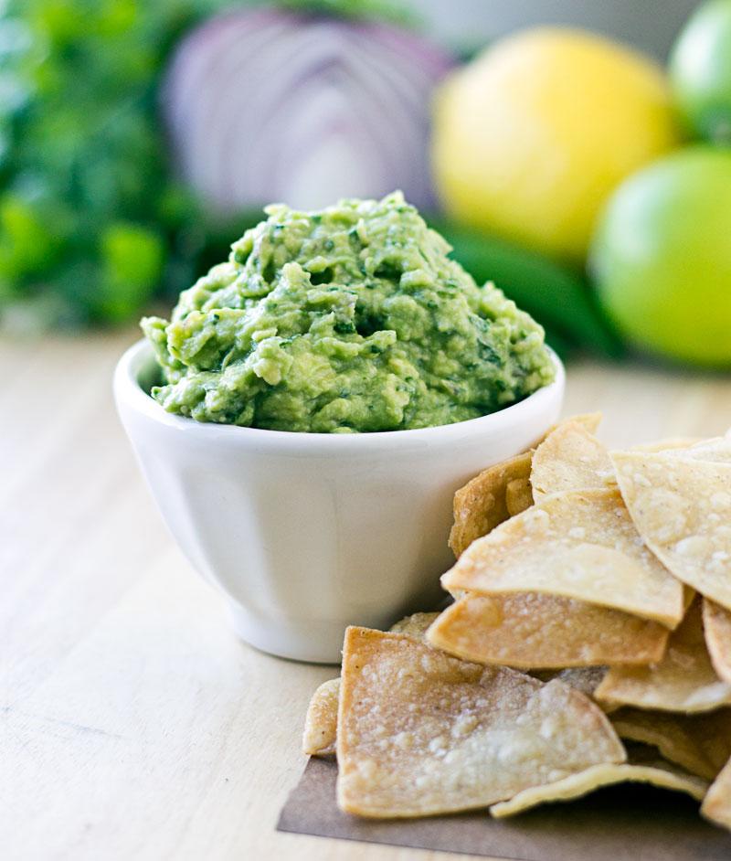 Chipotle Guacamole {Copycat Recipe} | Culinary Hill