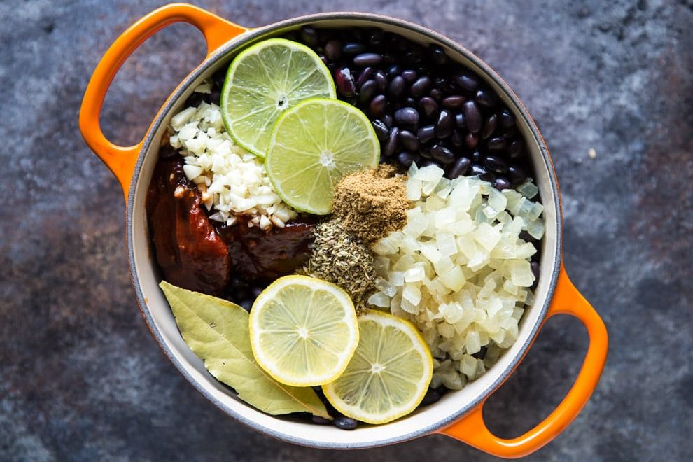 These copycat Chipotle Black Beans are easy to make, inexpensive, and healthy! Add to burritos and salads or serve with rice for a tasty vegetarian meal.