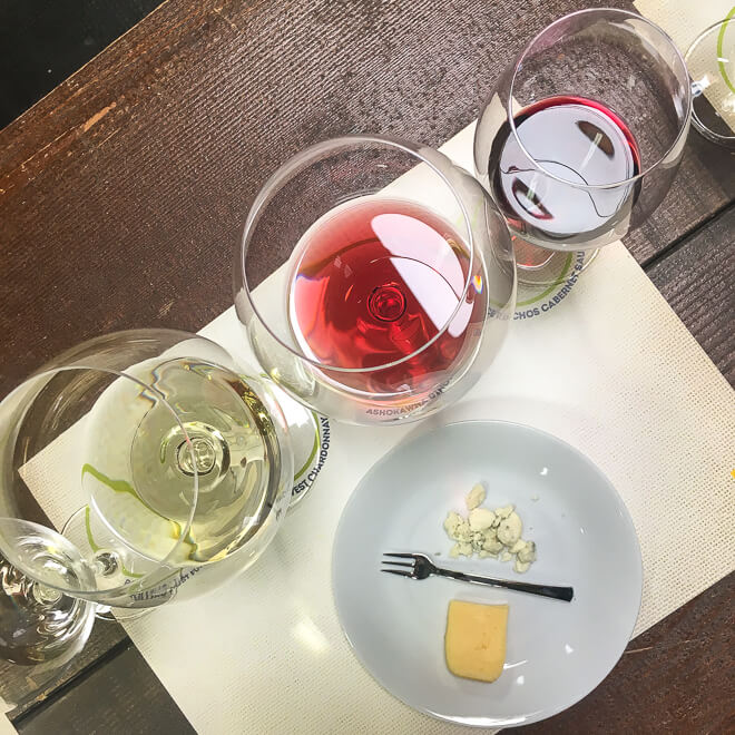 Food and wine pairing has never been easier thanks to practical tips from a Master Sommelier. Plus, learn about the only two wine glasses you'll ever need!
