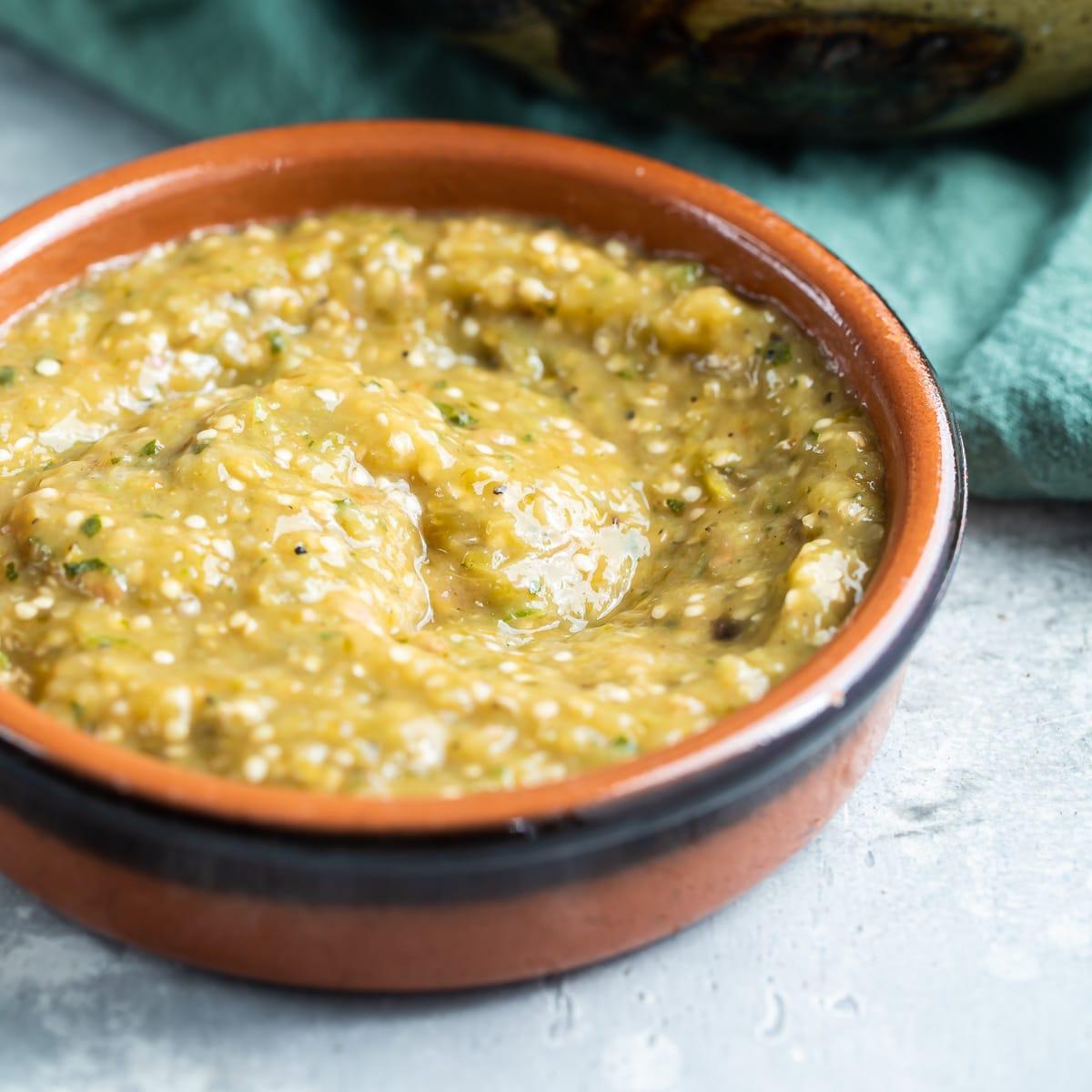 Chipotle Tomatillo Green Chili Salsa Copycat Culinary Hill
