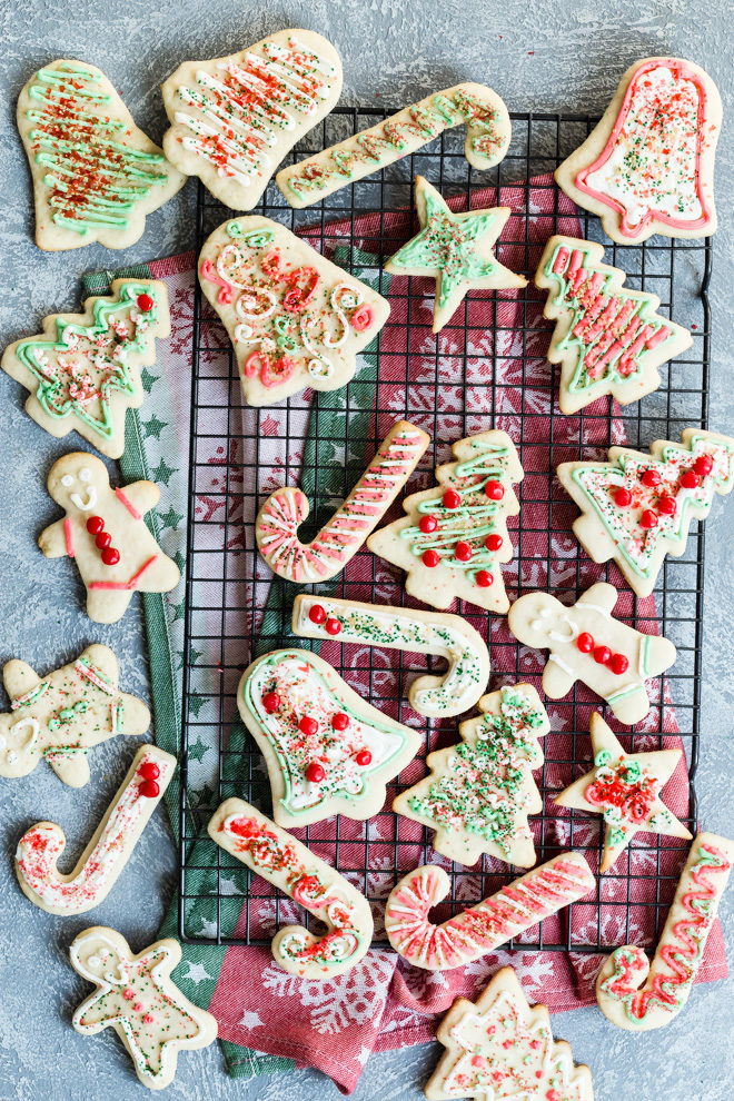 these frosted christmas sugar cookies are my grandmas best recipe so buttery and sweet - Best Christmas Sugar Cookies