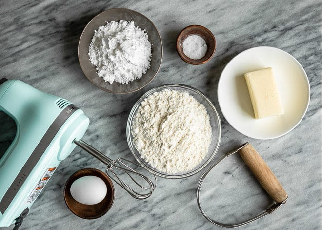 Learn how to make tart crust that is buttery, crisp, and lightly sweet - neither too thick nor thin. Because the filling-to-crust ratio is narrower than that of pie, it's important to make sure the crust is as delicious as the filling.