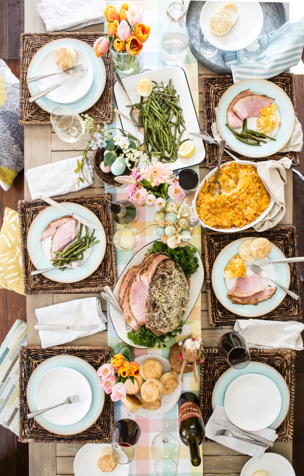 Here's a traditional Easter menu that comes together without a hitch, so there's more time to fill baskets and hide eggs. It works for Easter brunch, too, if you're eating on the early side... hop to it!