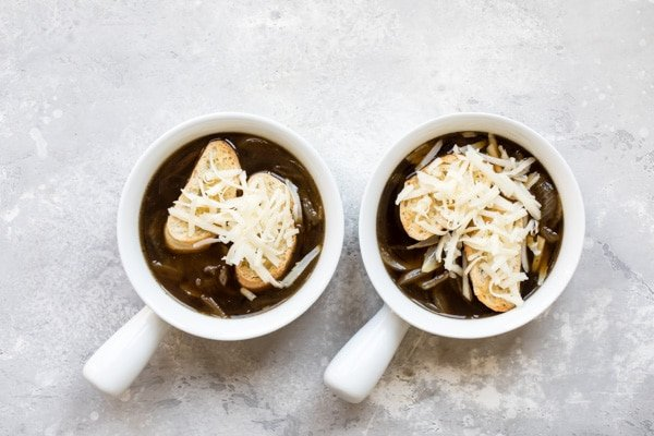 This authentic French Onion Soup tastes like it came straight from Paris, but non, it's made right in your kitchen.
