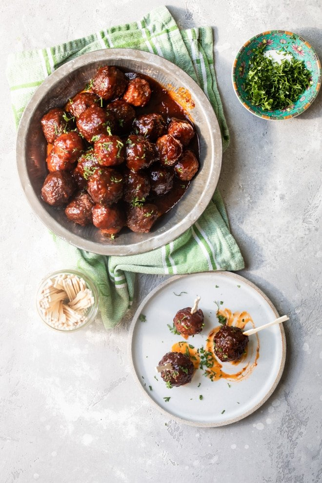 The easiest party appetizer on the planet is also the most delicious. Crockpot Meatballs with Grape Jelly Sauce is a lifesaver for hungry crowds and cocktail parties, so make a double batch!