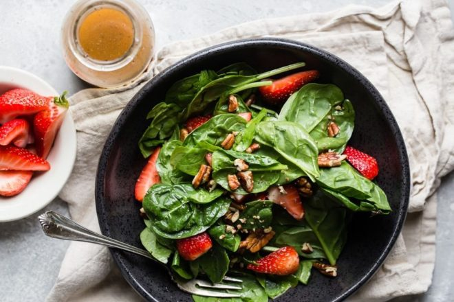 A deliciously sweet Poppy Seed Dressing made with 6 pantry staples! Perfect for fruit and vegetable salads, this makes any side dish taste like dessert!