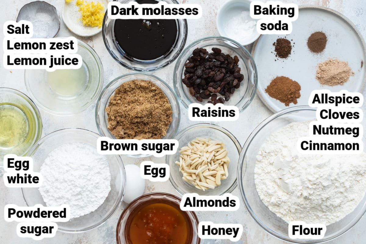 Labeled ingredients for Lebkuchen.